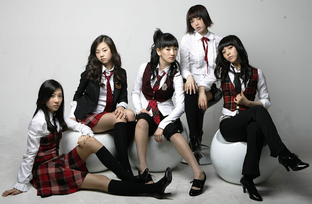 http://2.bp.blogspot.com/_STxdOL2Kopk/TS7OJaZSOkI/AAAAAAAAABo/juI-YwS_QSI/s1600/Wonder+Girls+foto+dan+wallpaper.jpg