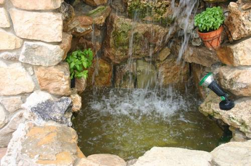Cascadas artificiales fotos imagui for Cascadas de jardin artificiales
