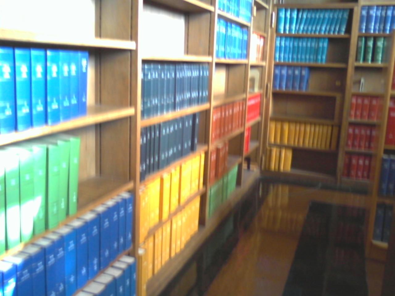 http://2.bp.blogspot.com/_SVItLUXhQNY/TQ0OLG6yczI/AAAAAAAAArY/Y0j6xw99vQc/s1600/library.jpg