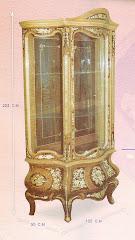 (3)فاترينه درفه +2درج صناعه يدويه بخامات زان وسويد والقشره والزجاج والنحاس كامل التشطيب