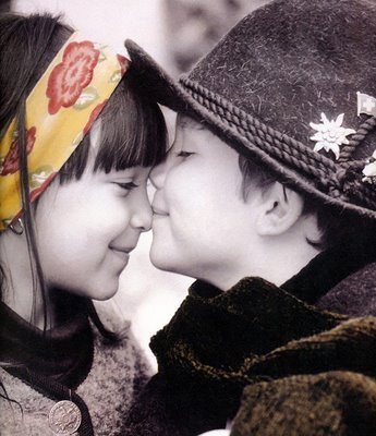 http://2.bp.blogspot.com/_SYOL3uH6scM/TSJkodMIXYI/AAAAAAAAAHg/DQ2QEJwX__k/s1600/amor.jpg