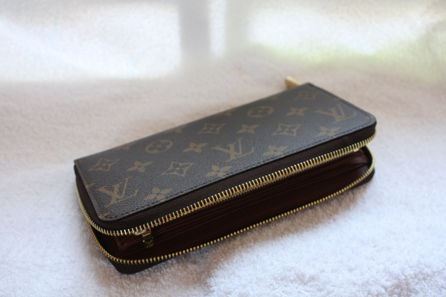 louis vuitton rolling papers for sale Louis vuitton official website united kingdom – explore the world of louis vuitton, purchase online our women and men collections and locate our stores.