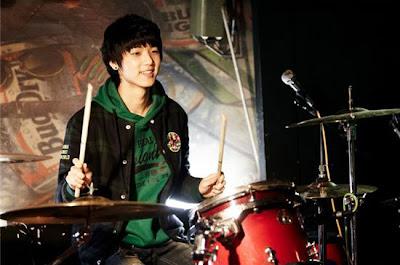 [NEWS] Minhyuk impressiona muitos com sua atuação  20101222_minhyuk_1