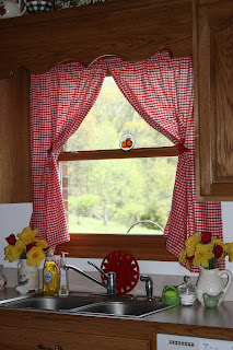How To Make Ruffled Country Style Curtains
