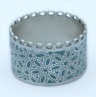 Barbara Macleod Jewellery: Silver Single Scalloped Edged Ring