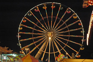 ferriswheelnite Friday nite Ferris wheel colors...