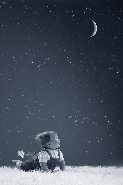 Fotostuudio, beebi kuu ja tähed
