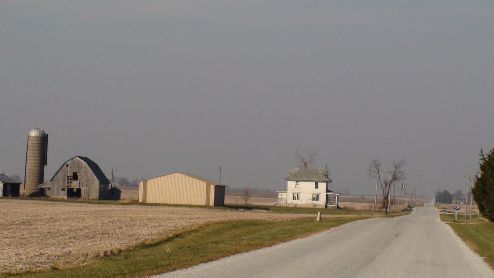 Illinois will county peotone - American Foursquare Farmhouse Near Peotone Illinois