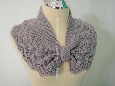 Myknittingdaily: Knitting Neckwarmer,cowl,cozy Light Grey