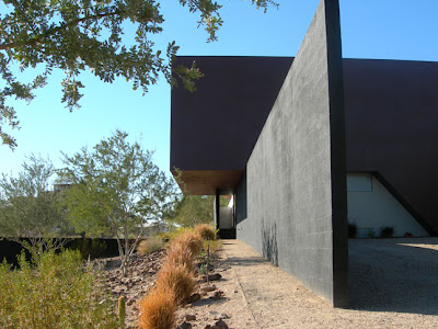 Dialogue House by Wendell Burnette Architects5