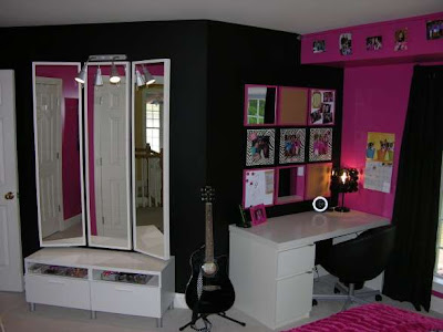 Black+White+Pink+teen+room+decor.JPG