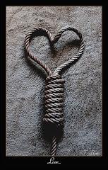 """""""El amor condena"""""""