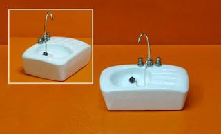 Pilar alen miniaturas m s elementos para la carnicer a for Fregaderos de porcelana
