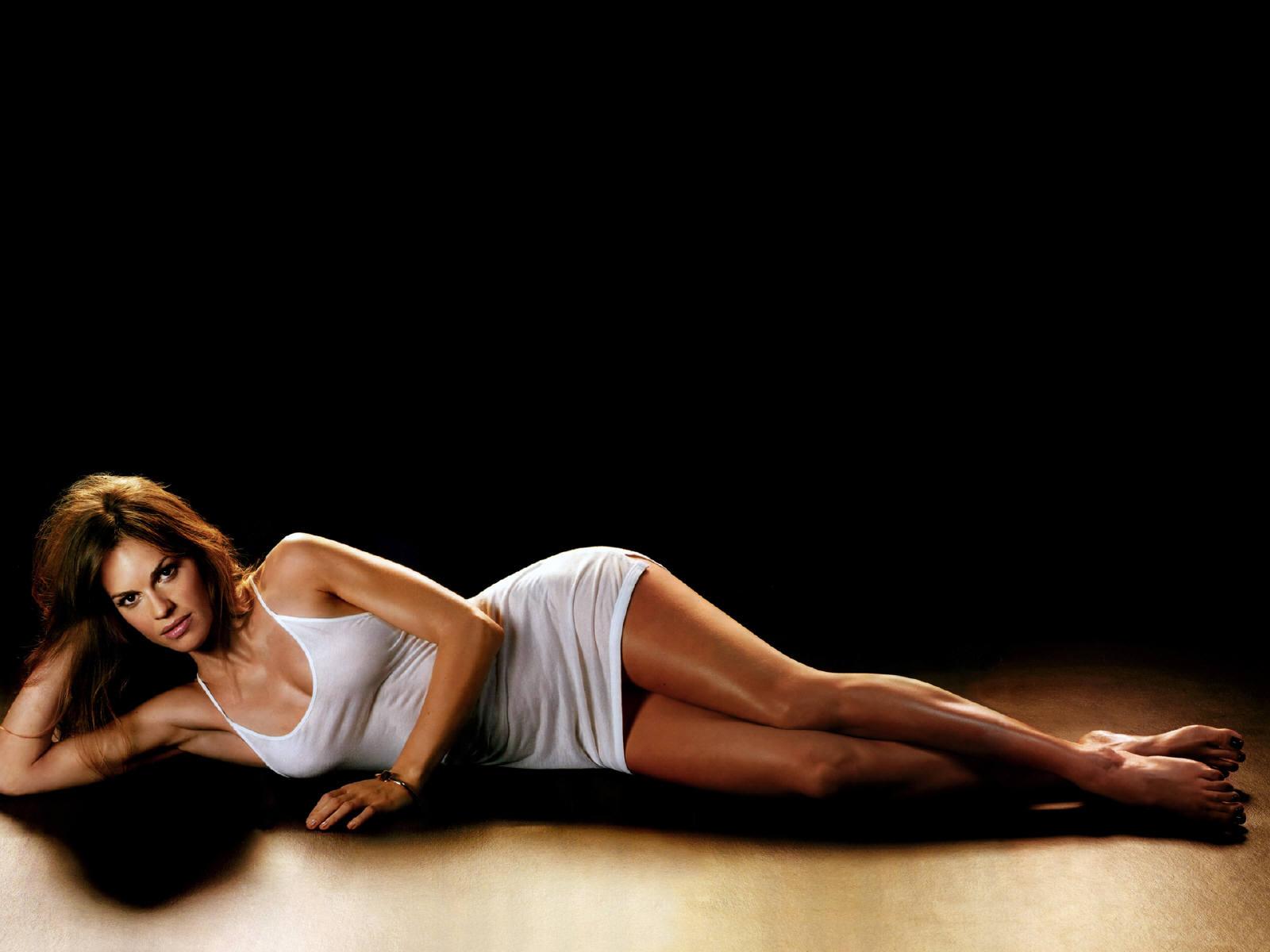 Hilary swank sexy pics
