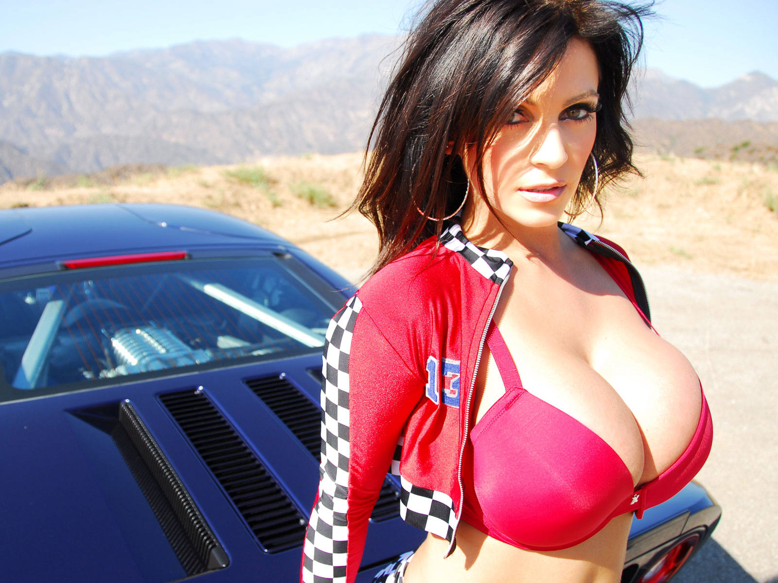 Denise Milani Hot Wallpapers