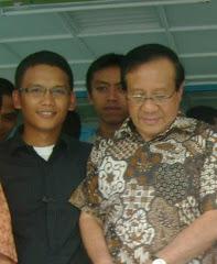 Bersama Dr. Ir. H. Akbar Tandjung