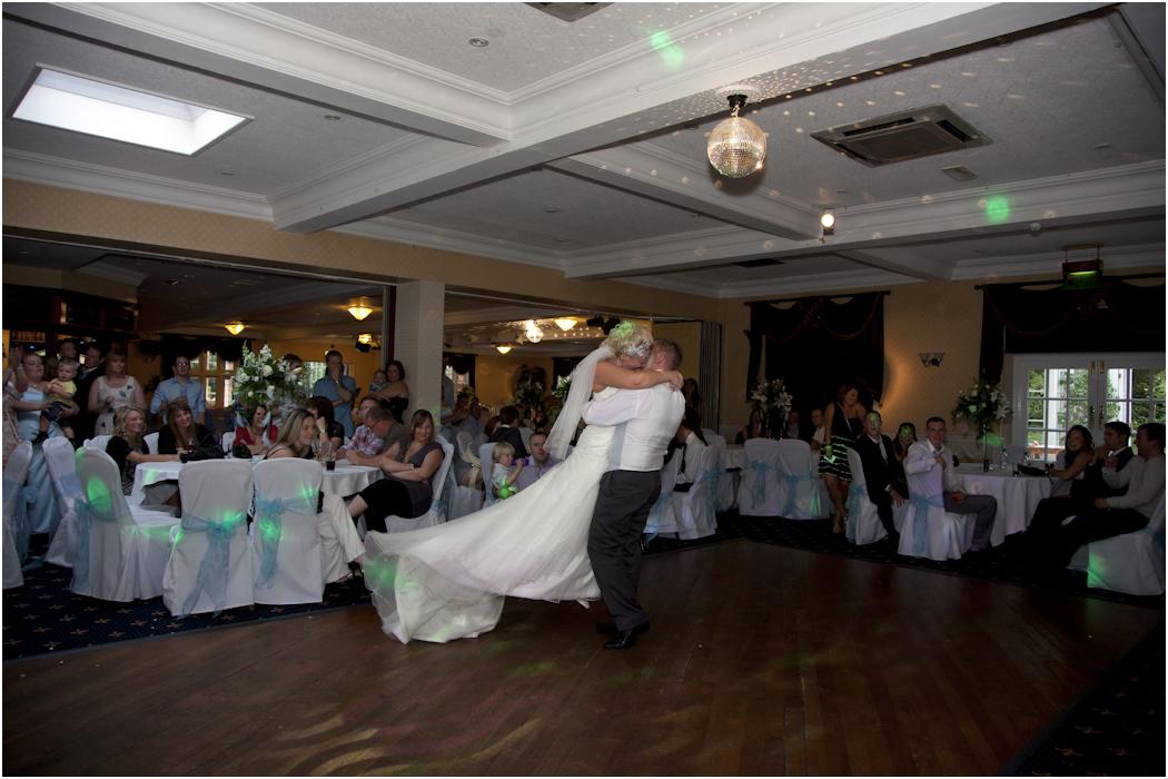 a d photography blog wedding photographer rogerthorpe manor