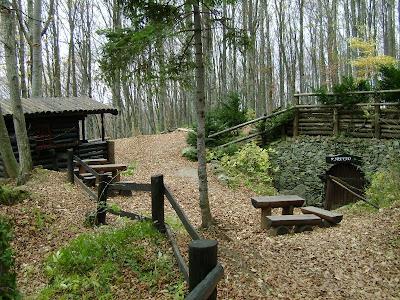 Kućica za suvenire i ulaz u rudnik