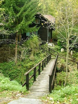 Glavni prilaz Lugarevoj kućici