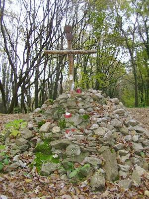 Križ na gromači