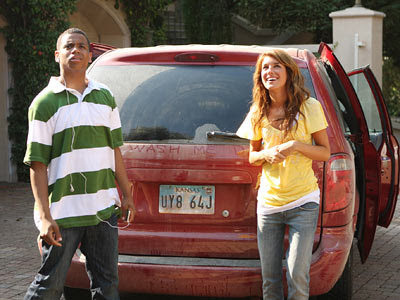 http://2.bp.blogspot.com/_Skoh-lE8sO0/SMbMUMGByZI/AAAAAAAAOGM/PxP9FGsAouo/s400/Annie+Dixon+Car.jpg