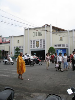 Left side of Ben Thanh Market.