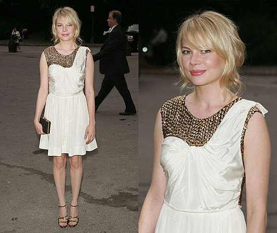 michelle williams short hair 2010. Michelle Williams#39; Hair.