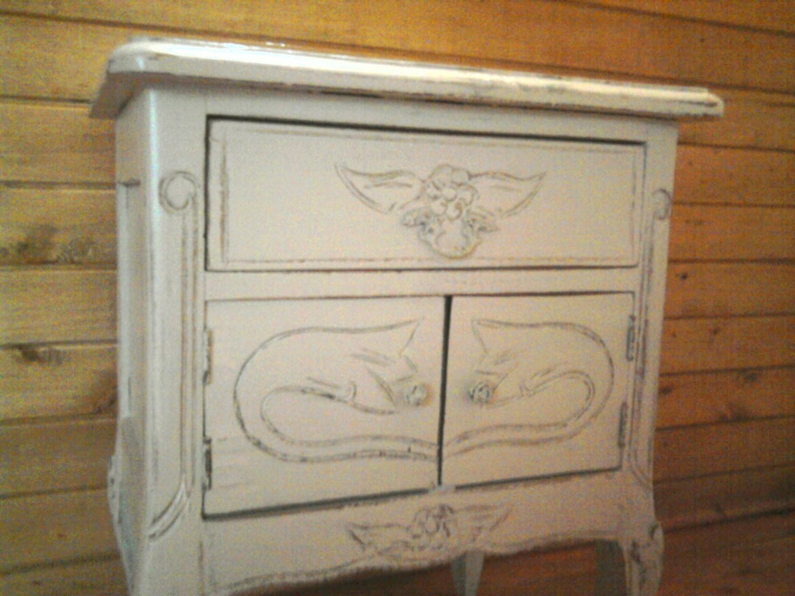 Cosas bellas restauraci n de muebles t cnica del decapado - Restauracion muebles antiguos ...