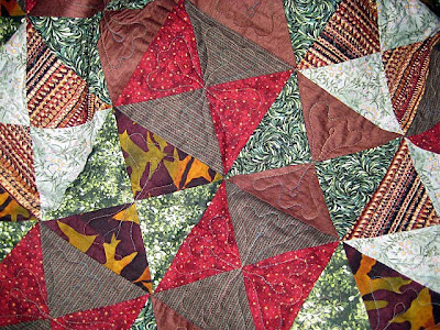 Alabama Football Quilt Pattern http://allthingsquilty.blogspot.com/2010/01/quilting-progress.html
