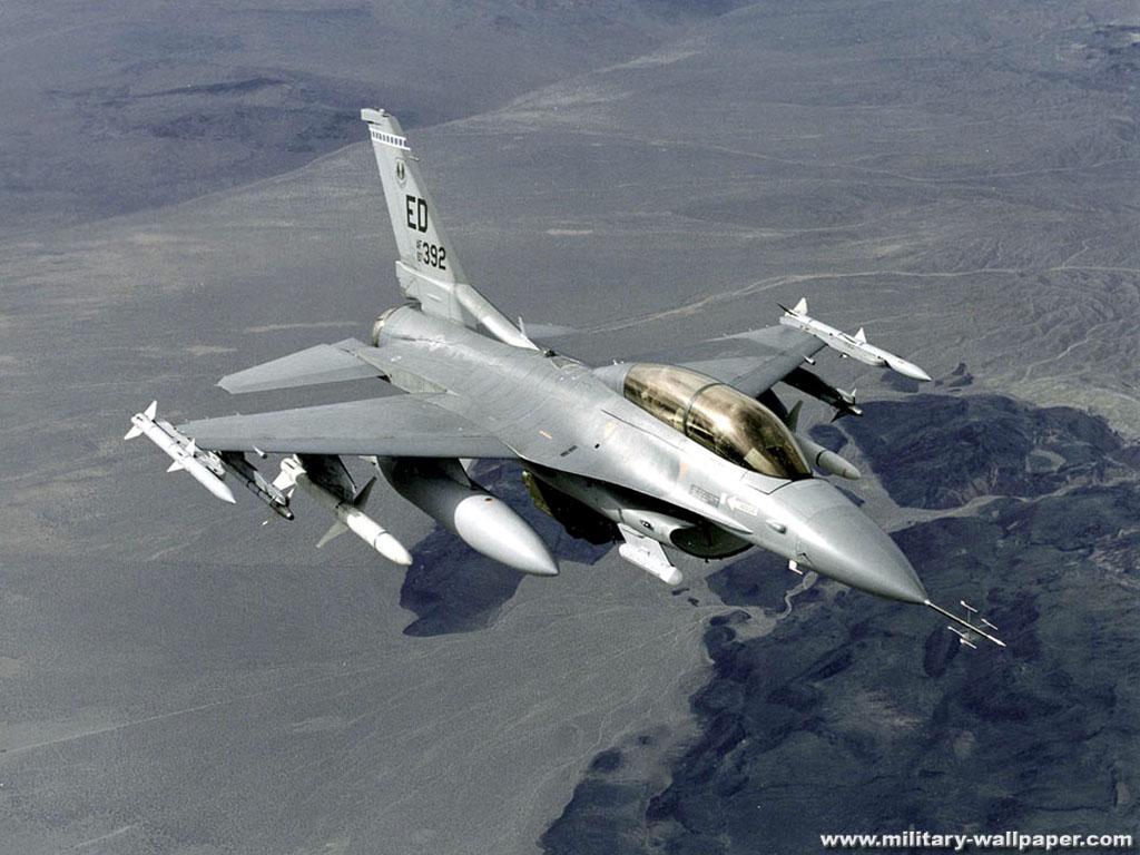 http://2.bp.blogspot.com/_SpSBliI2Ye8/S-b1EKGx0LI/AAAAAAAABZw/F4b4zu3Cs48/s1600/F-16+FightingFalcon+Jet+Fighter+Wallpaper+3.jpg