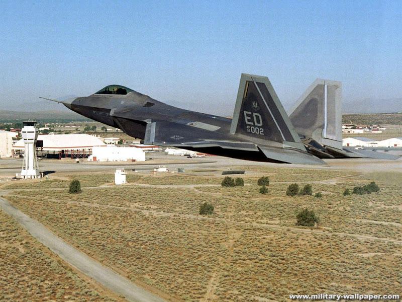 F-22 Raptor Military Jet Fighter Wallpaper