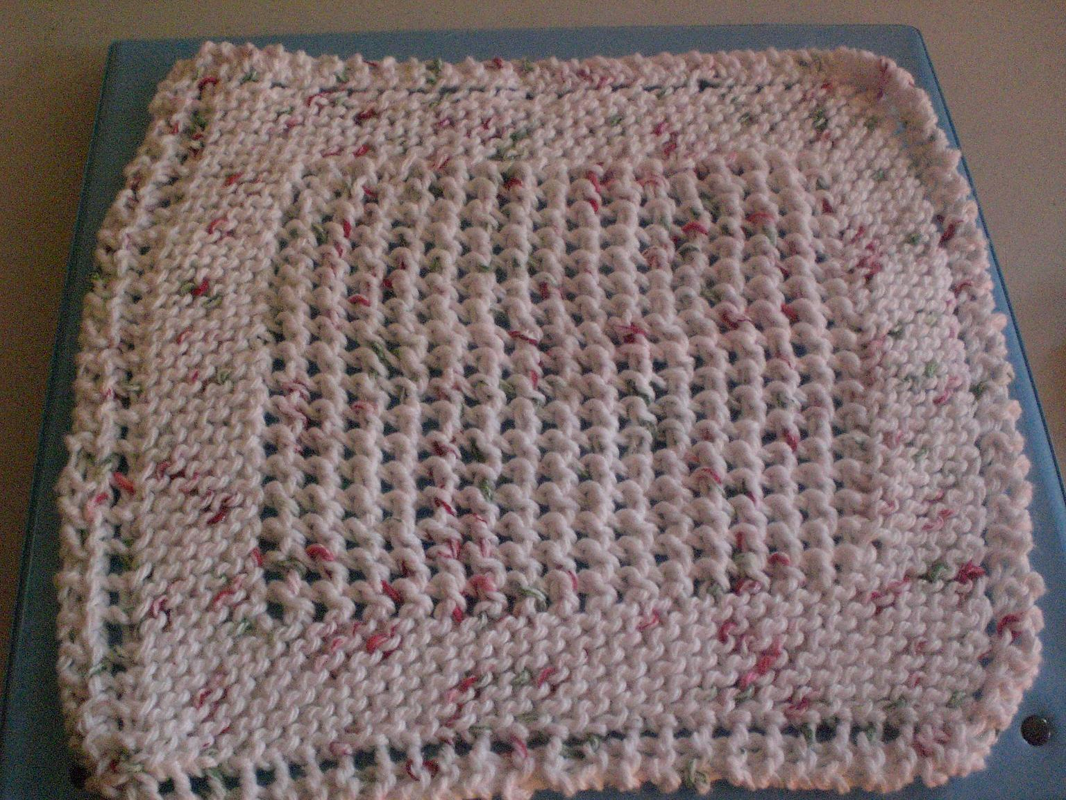 Cotton Knitted Dishcloth Pattern : Luvsknitting: A Little Bit More of Christmas Knitting