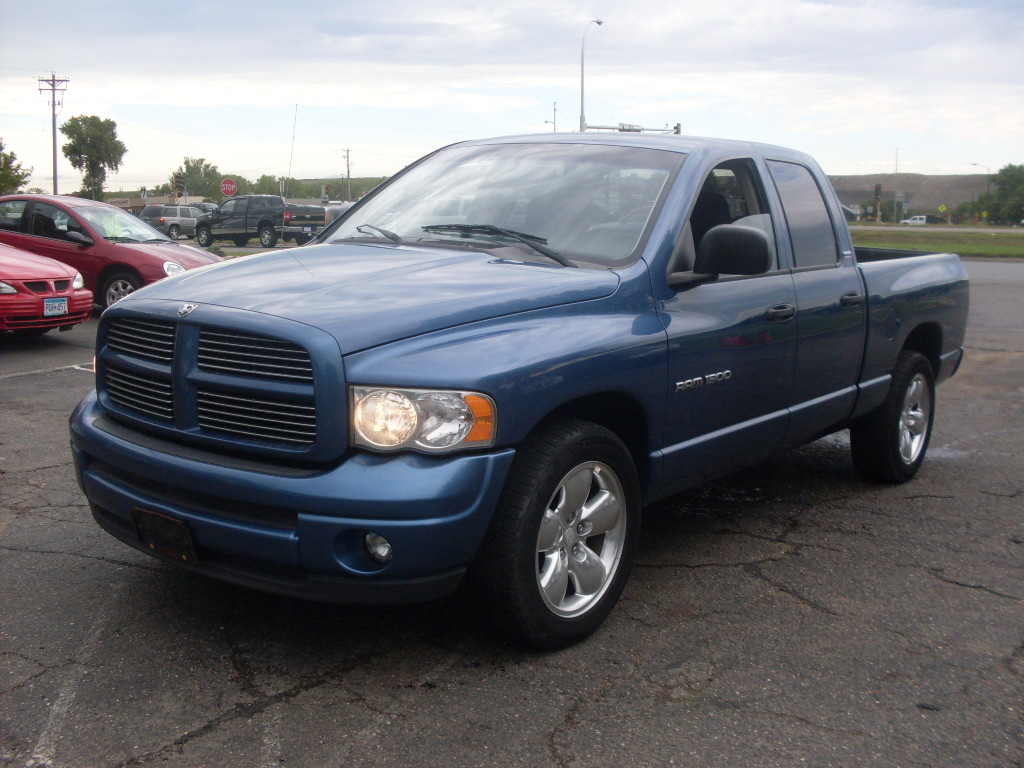 luisrideauto 2002 dodge ram sport crew cab 4 door short box 2 wheel drive 4 7 liter. Black Bedroom Furniture Sets. Home Design Ideas