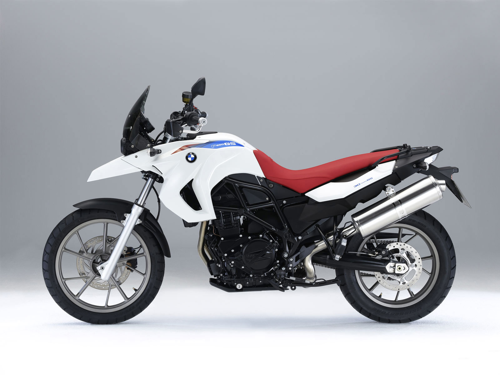 Bmw F650gs Quot 30 Years Gs Quot 2010 Dewallpaperssktop