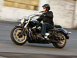 2011 YAMAHA V-Star 950 motorcycle pictures 1