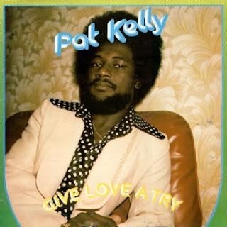 Front dans Pat Kelly