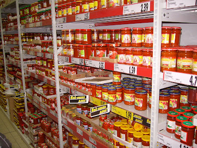 Lutinitsa Galore in a Yambol Supermarket