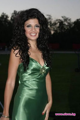 bulgarian pop folk divas http://www.last.fm/music/Veronika/+images/29235759