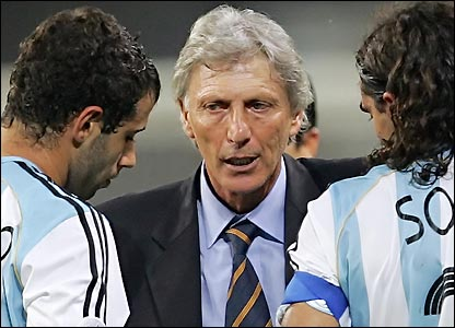 Pekerman o Bianchi , tipos que te sacan hasta a Messi.