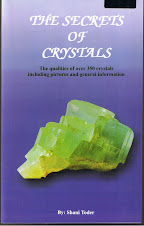 "Tambah Pengetahuan Anda Dengan Membaca Buku ""The Secrets Of Cristals"" ( RM50.00 + RM10.00 pos laju)"
