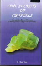 "Tambah Pengetahuan Anda Dengan Membaca Buku ""The Secrets Of Cristals"" ( RM50.00 + RM10.00 pos laju)"