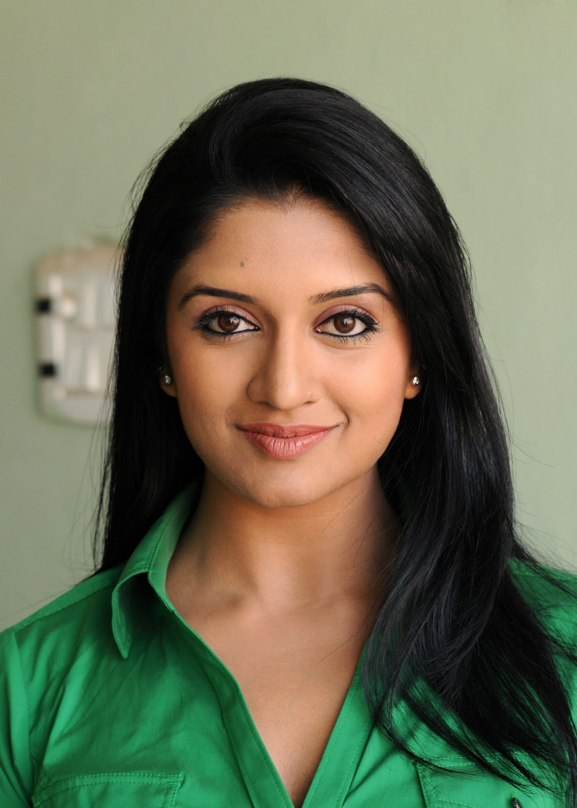 Vimala Raman - Wallpaper