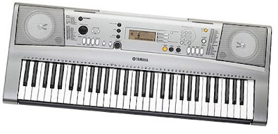Yamaha YPT310 Digital Keyboard