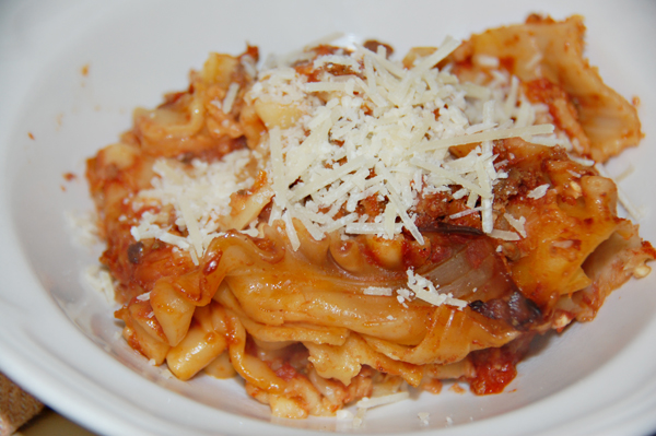 Perfect slow cooker lasagna recipe from Gooseberry Patch's Mom's ...