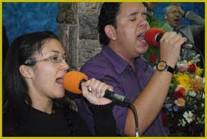 Gi Rosa e Julio Lima
