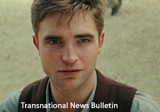 Robert Pattinson in Water for Elephants Trailer