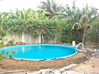 the truth life in ghana vom ersten spatenstich bis zum ersten bauchklatscher. Black Bedroom Furniture Sets. Home Design Ideas