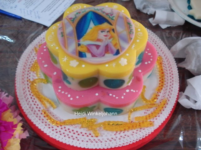 Tortas adornadas con las princesas de Disney - Imagui