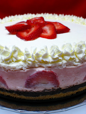 how to make strawberry mousse cheesecake