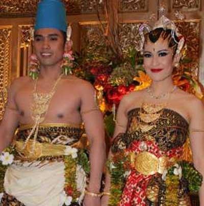 foto foto pernikahan dian sastro wardoyo